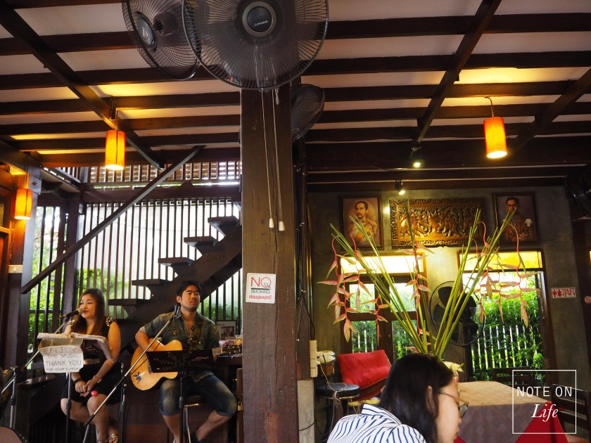 Chiang Mai Dash Dining Restaurant Romantic Thailand Travel