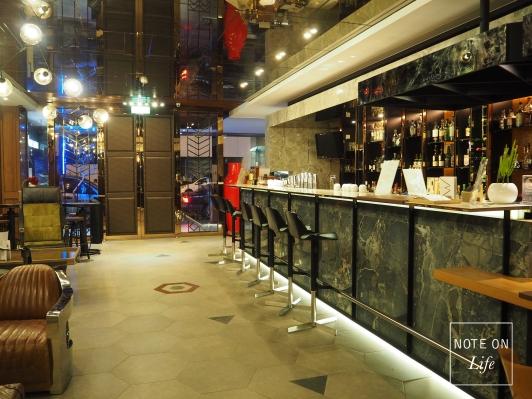 Lobby 3 Door hotel Tainan Taiwan Travel