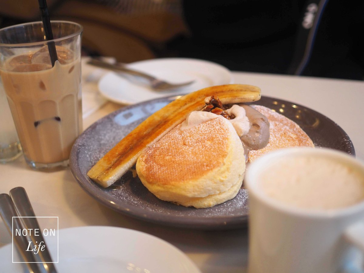 Heavenly Fluffy pancakes in Flippers –自由が丘Tokyo