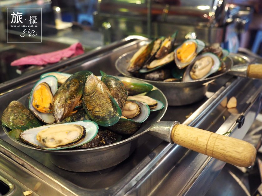 Mussels Baiyoke Sky Hotel Bangkok Thailand
